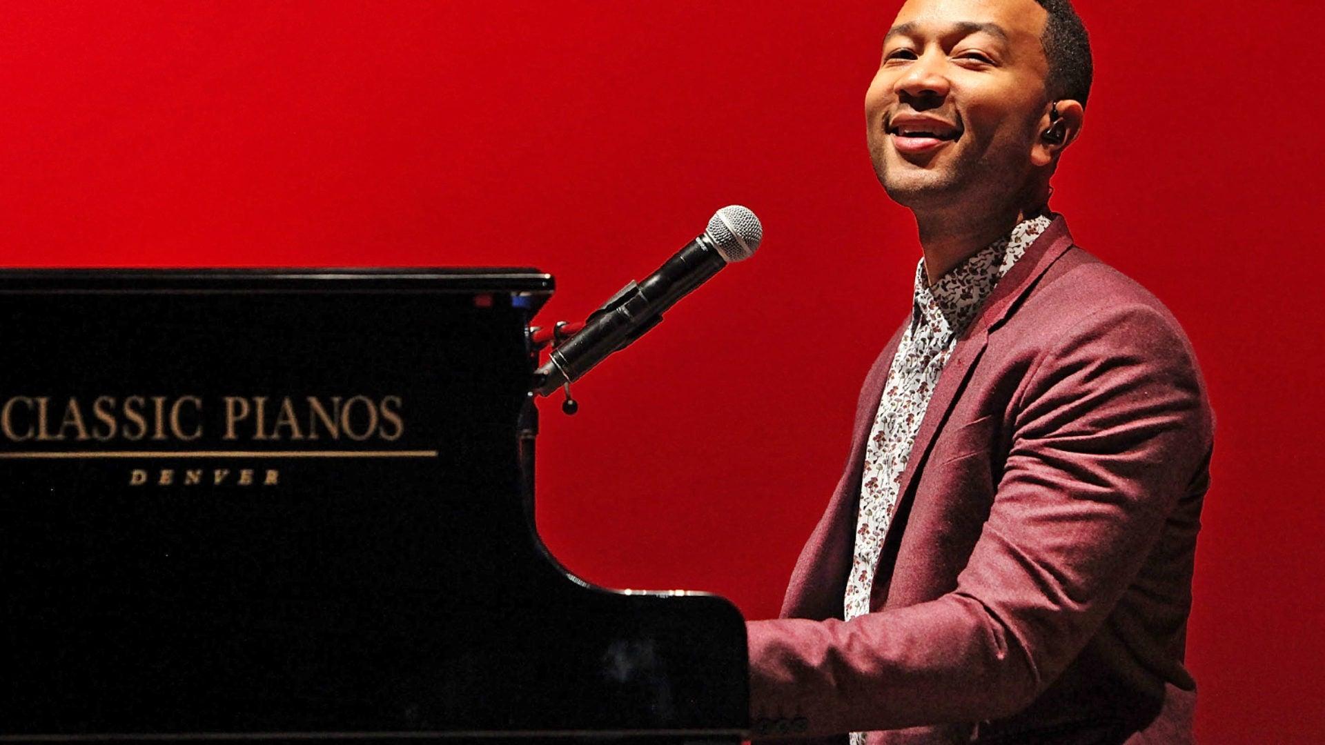 John Legend Reads Donald Trump Jr on Twitter, Calls Presidential Candidate 'Racist'