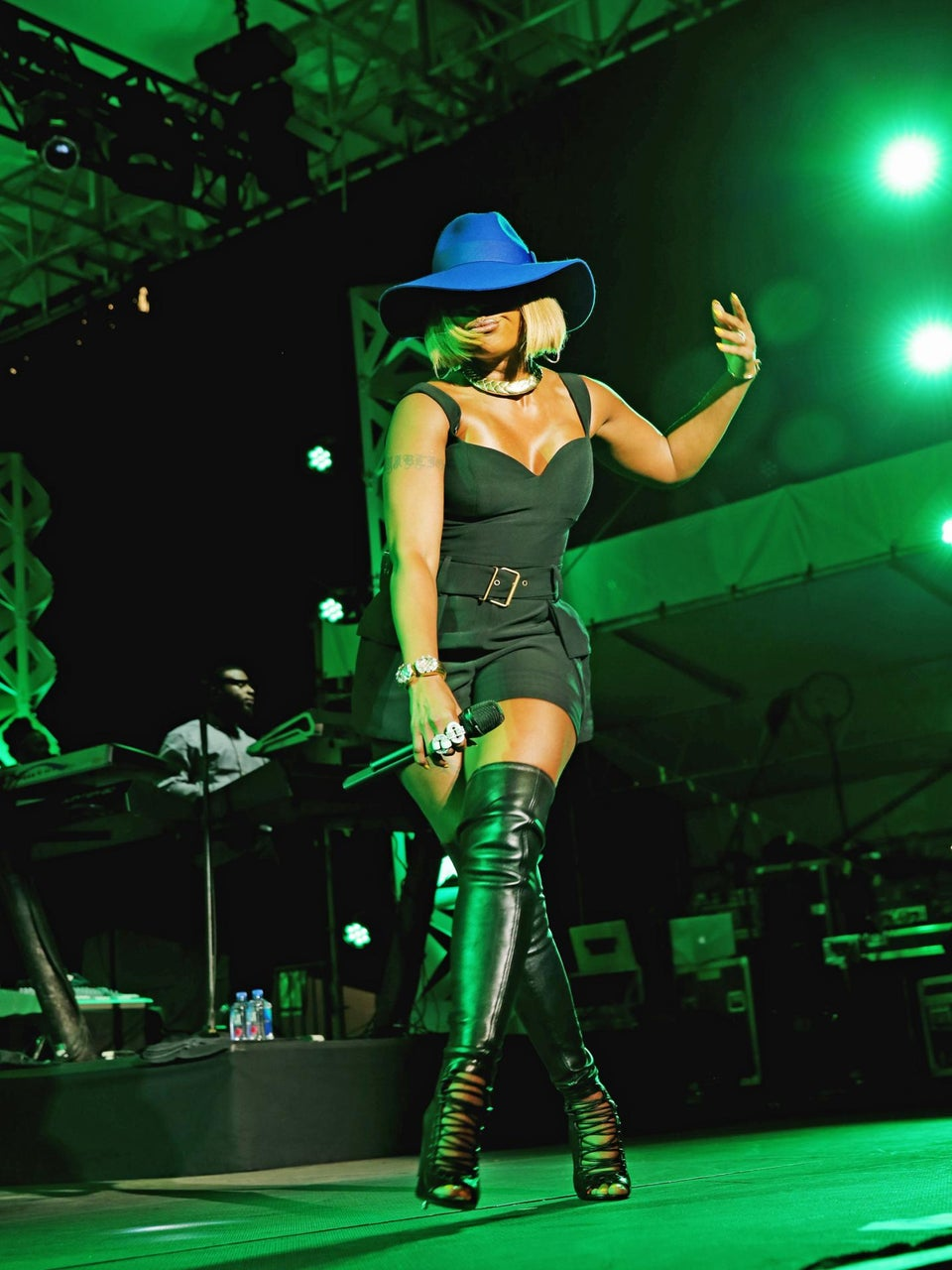 "Mary J. Blige, The ""Queen of ESSENCE FEST"" Talks Her Sunday Night Show"