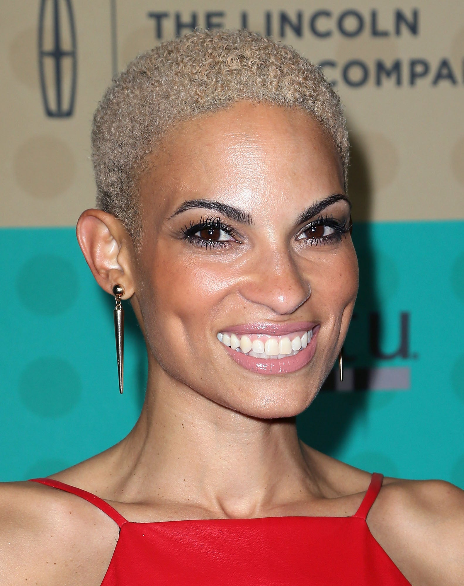Goapele Talks Beauty Addictions, Vulnerability And Self-Love
