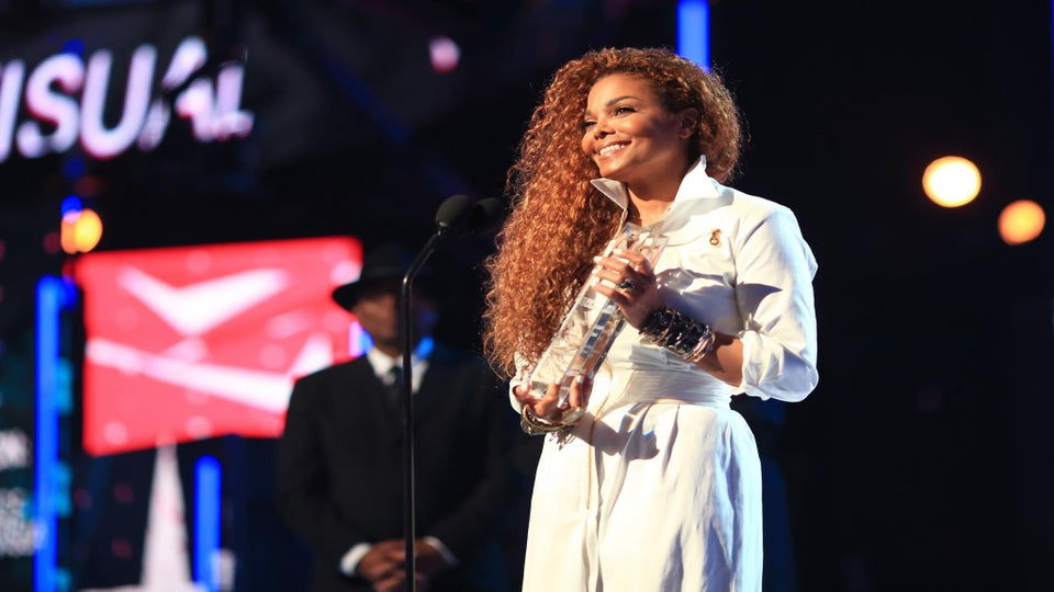 Watch Janet Jackson Accept BET's First Ever Ultimate Icon Award
