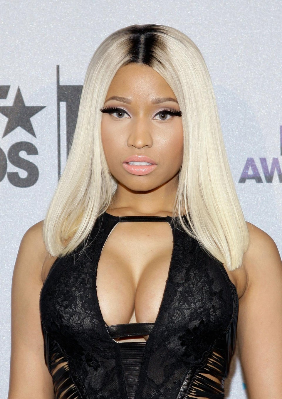 Nicki Minaj Receives $75K Ring From Meek Mill