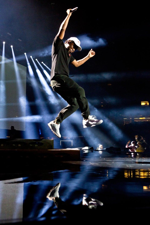 Kendrick Lamar Shows Tupac Love at Essence Festival