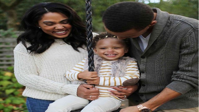 Ayesha Curry Says Daughter Riley 'Has No Clue' How Famous She Is