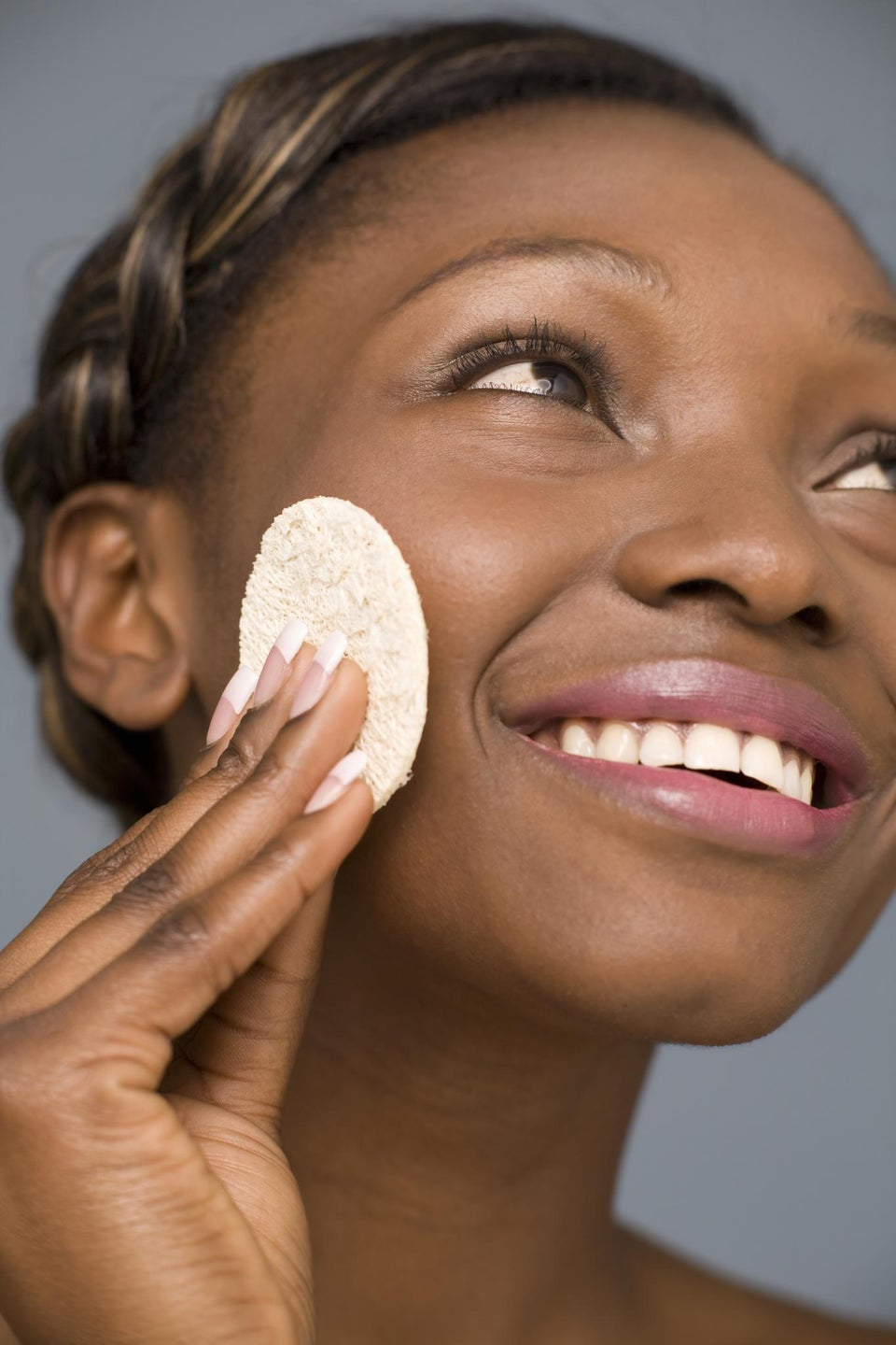 Why Micellar Water Should Replace Your Cleansers and Moisturizers