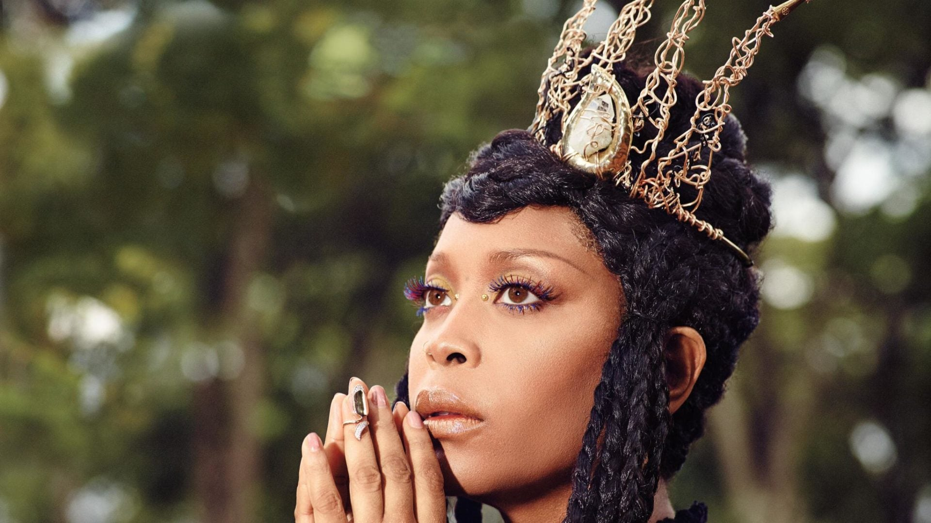 EXCLUSIVE: Erykah Badu Pens Essay on Making Time for Joy in Your Life