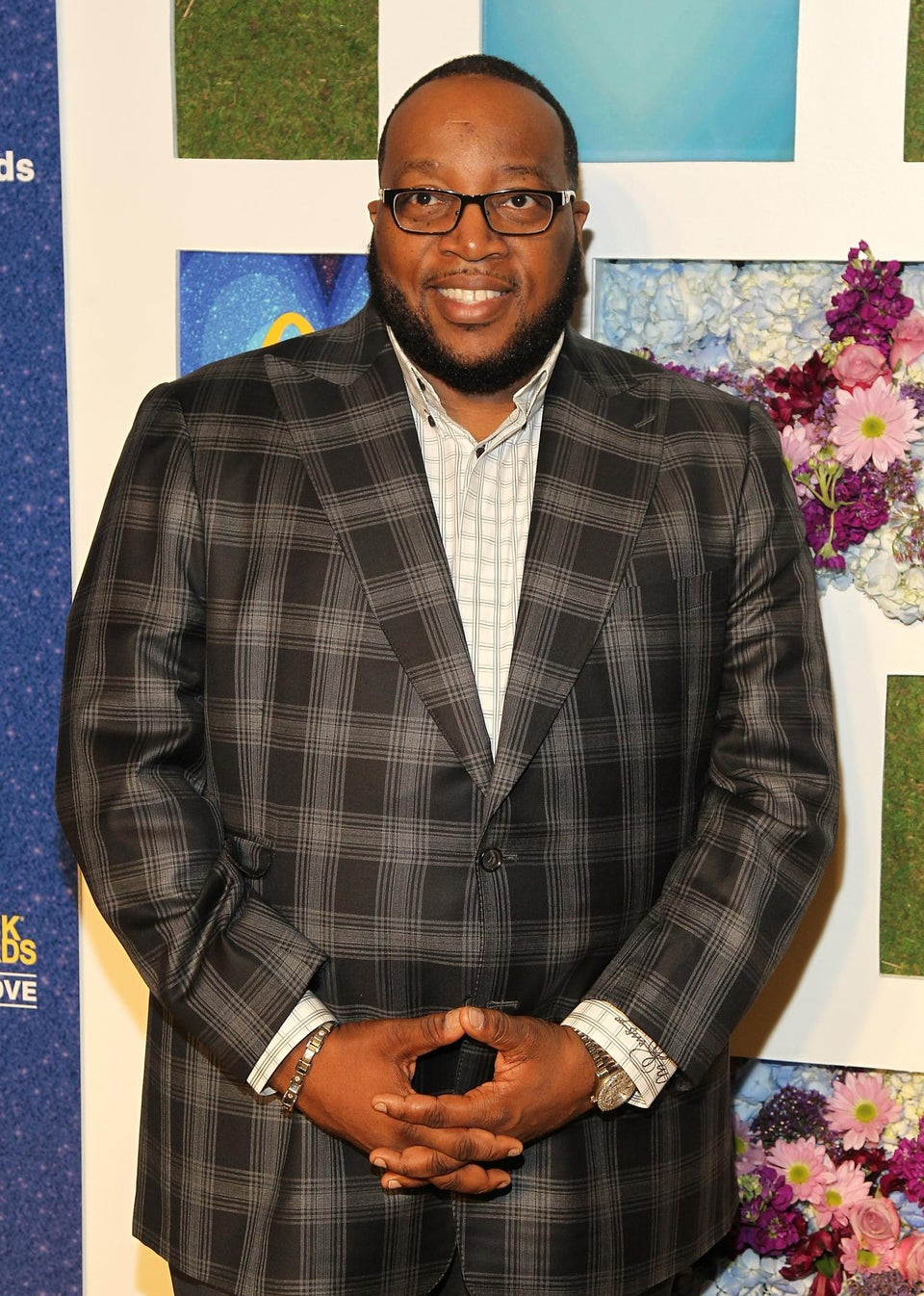 ESSENCE Sits Down with Marvin Sapp to Discuss His 10 Solo Projects, Dating Life and More