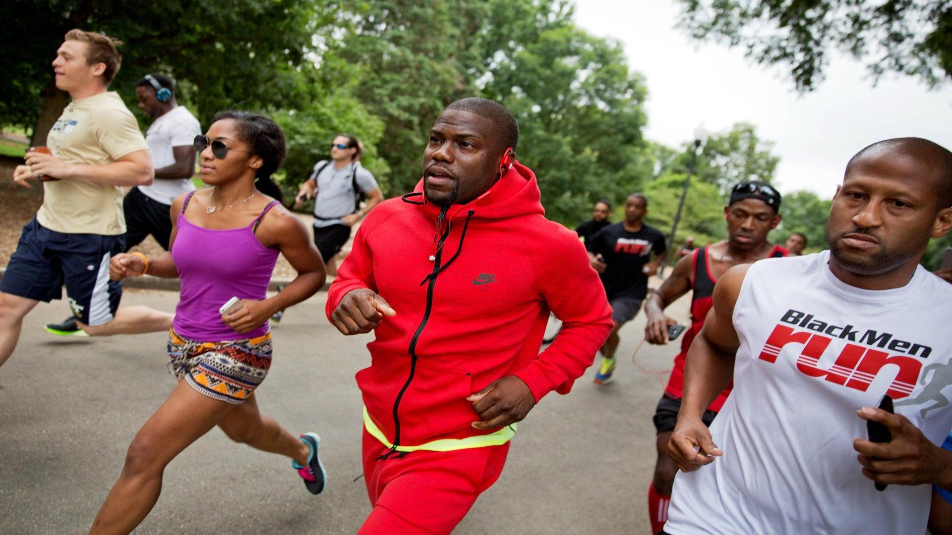 Kevin Hart Motivates Man to Finish Spontaneous 5K Run in Dallas