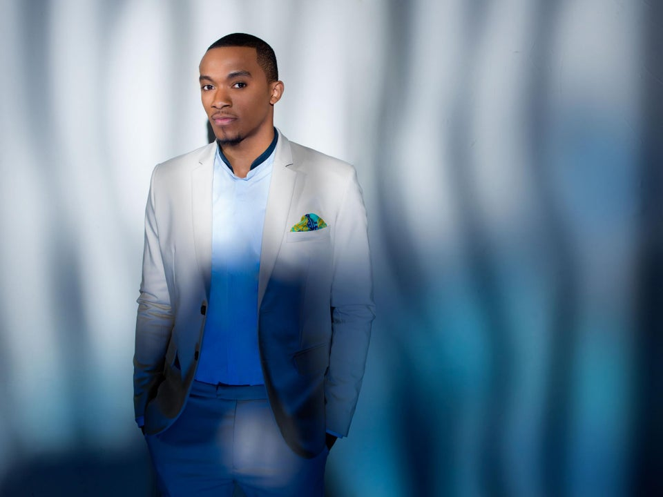 EXCLUSIVE: Gospel Singer Jonathan McReynolds' Sweet Melodies on 'Maintain' Will Make Your Sunday