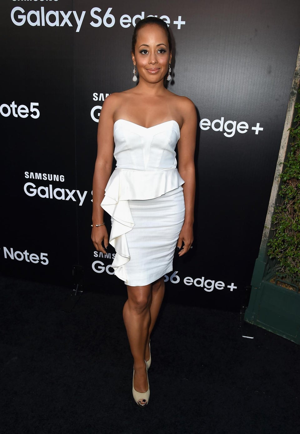 Essence Atkins Washes Woman's Feet in Act of Sisterhood