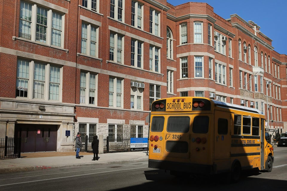 Chicago Parents and Activists Are 24 Days Into a Hunger Strike to Fight School's Closure