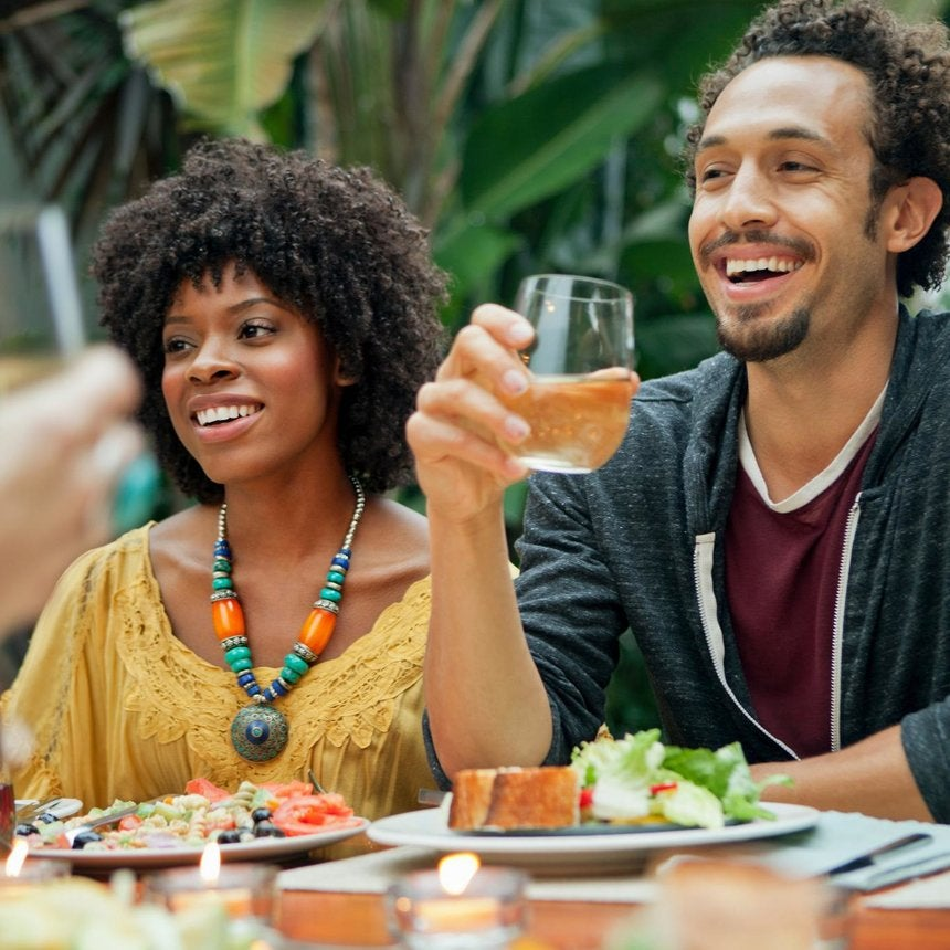 9 Topics Married Couples Should Never Share With Friends