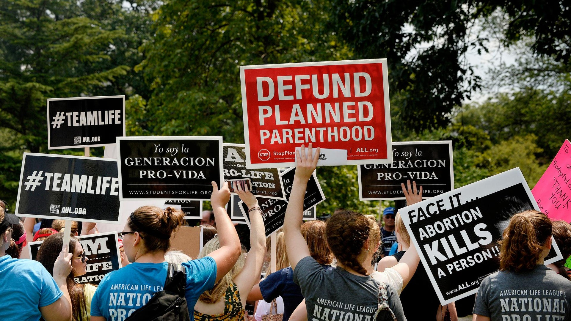 Texas Votes to Defund Planned Parenthood