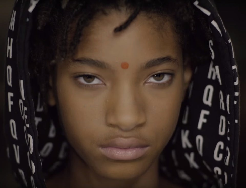 Must See: Willow Smith Releases Funky New Video for 'Why Don't You Cry'