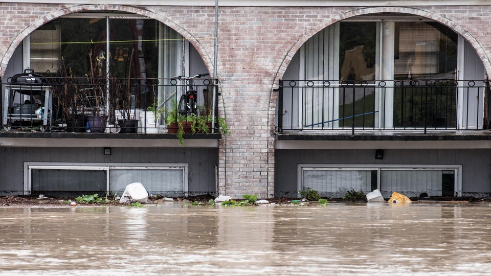Flooding in South Carolina Leaves 14 Dead, Causes $1 Billion in Damage