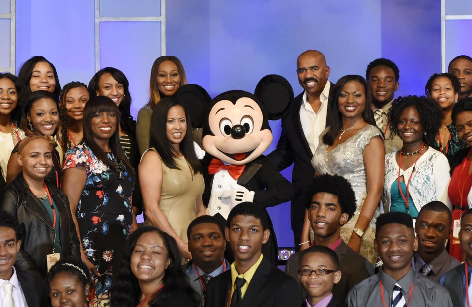 Disney Dreamers Academy: Last Chance For Empowerment & Free Trip For High School Students & Their Families