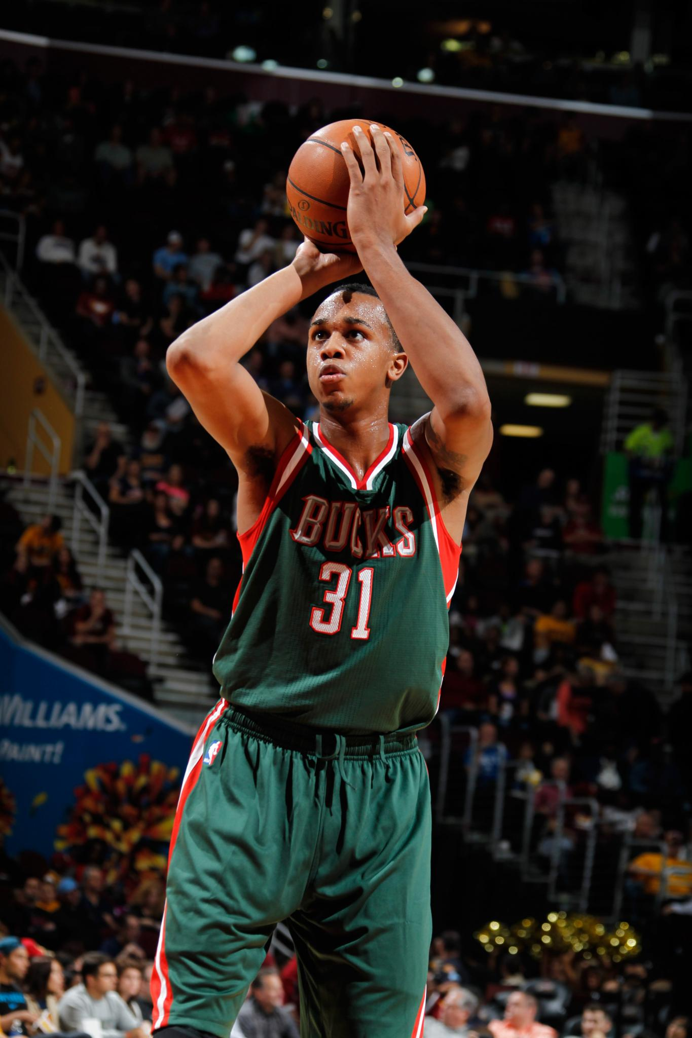 NBA Player John Henson Says Luxe Jewelry Store, Police Racially Profiled Him