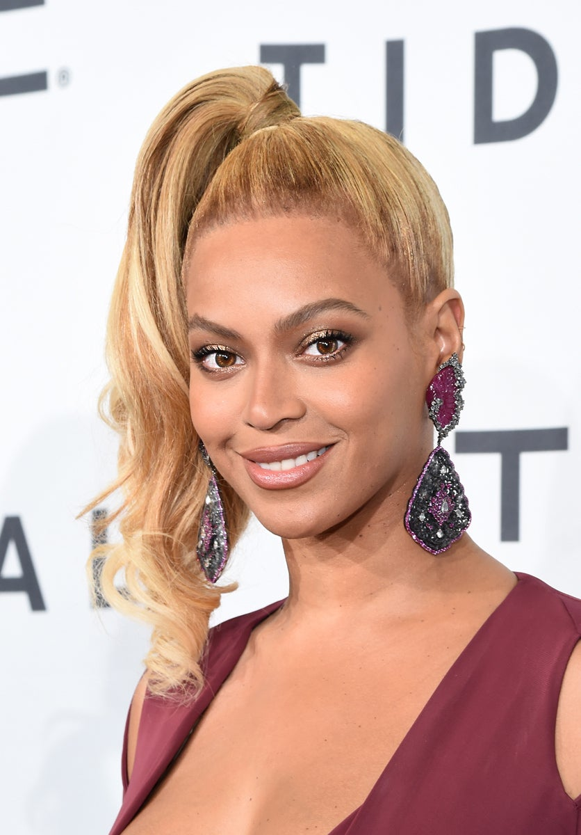 Beyoncé to Launch Fashion Collection with Topshop