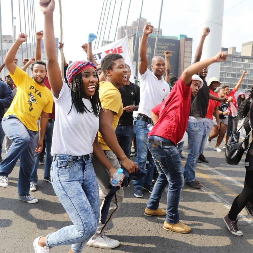 35 Powerful Photos of Student Protests on the Streets of South Africa