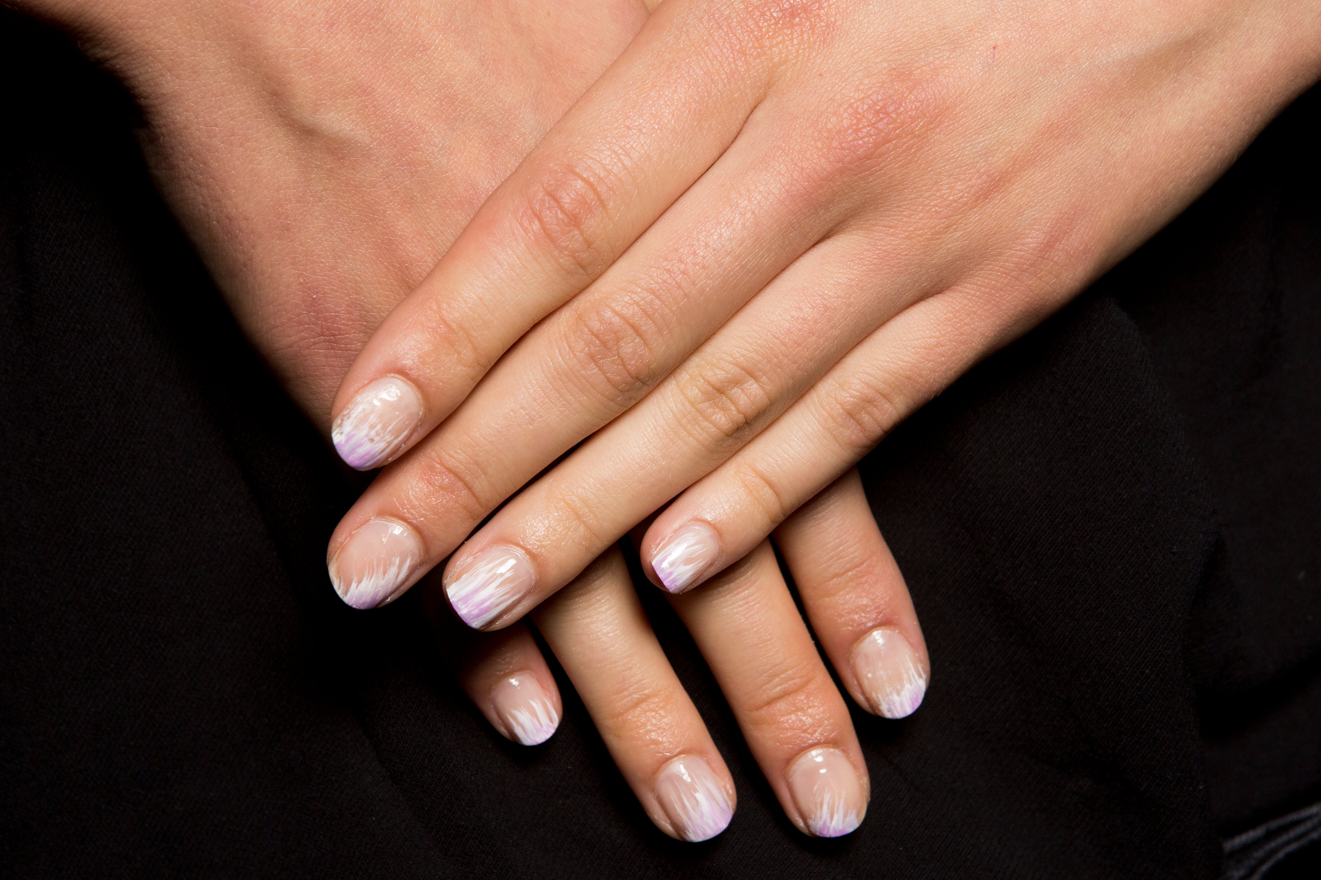 13 Nail Looks You Need to Try This Fall - Essence