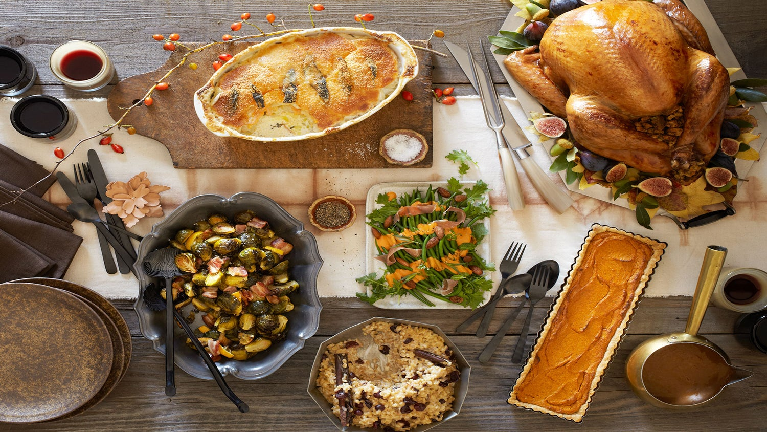 How to Host the Perfect Last-Minute Friendsgiving