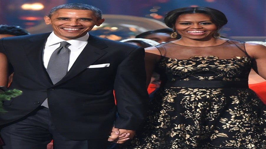 This Cute Photo of Barack And Michelle Obama Will Make Your Heart Melt