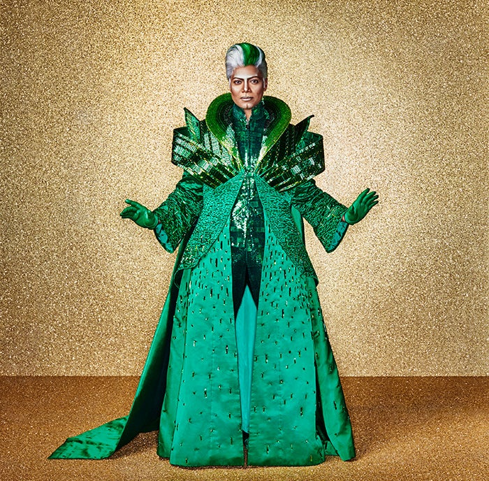 Queen Latifah: 'Why Shouldn't the Wiz Be Played By a Woman?'