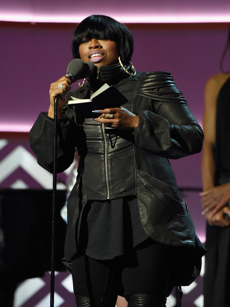 Missy Elliot Delivers Emotional Speech While Accepting Billboard 'Innovator' Award