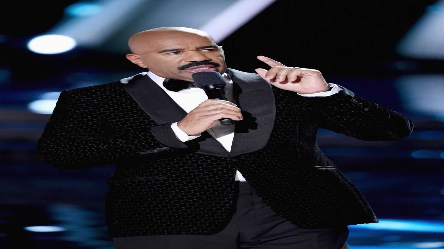 Steve Harvey Slams Reports that Miss Universe Gaffe Was a Publicity Stunt