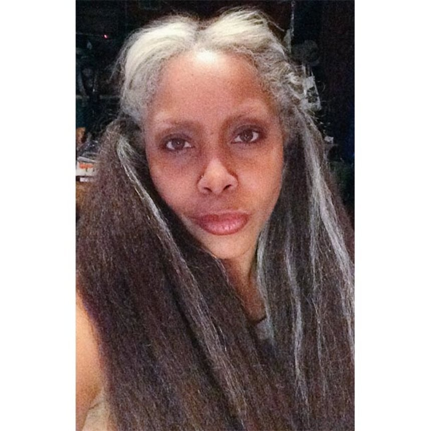 Erykah Gets Real: Tweets Pic of Natural Gray Hair