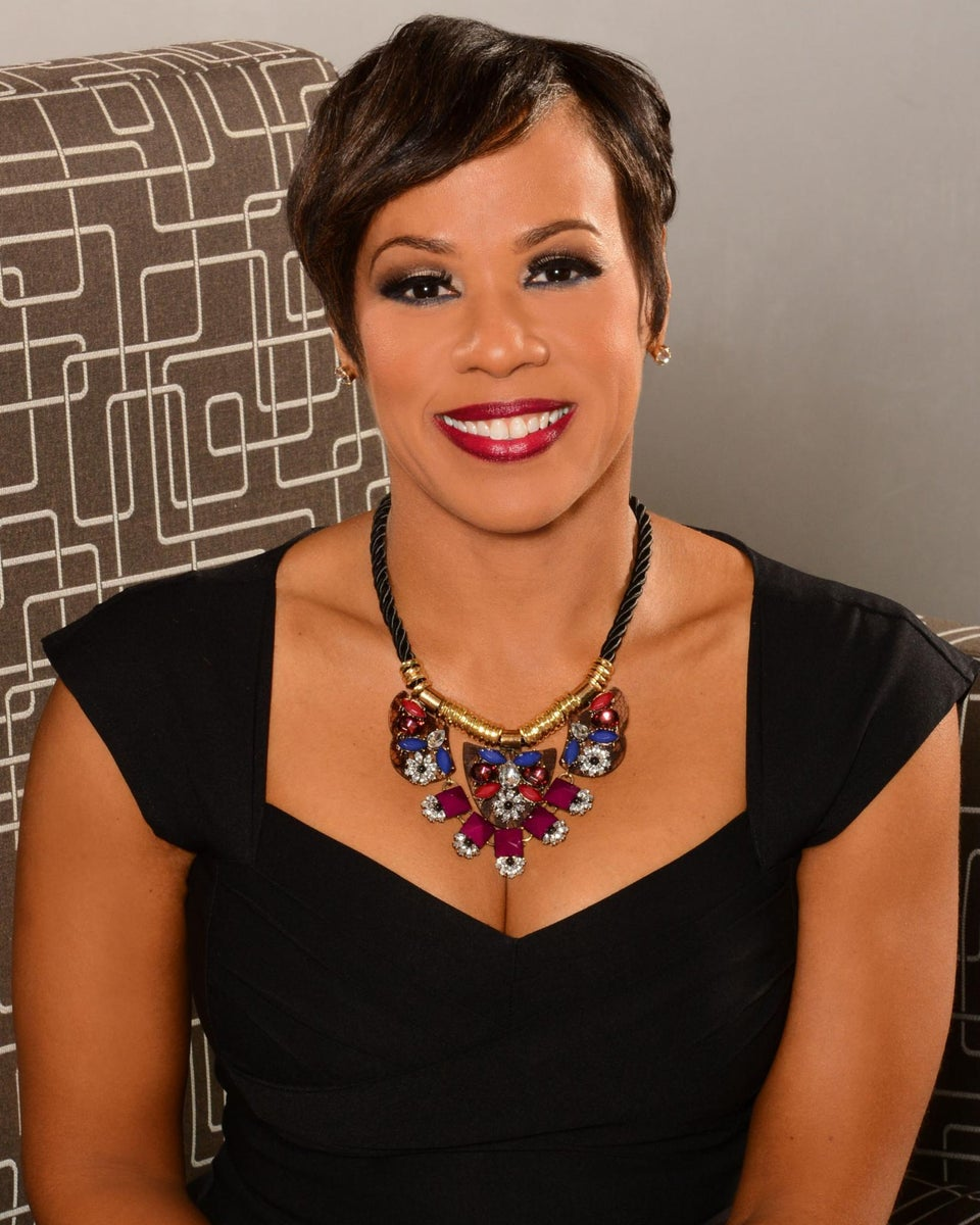 ESSENCE Network: Life Strategist Sheri Riley Shares How to Make 2016 Your Best Year