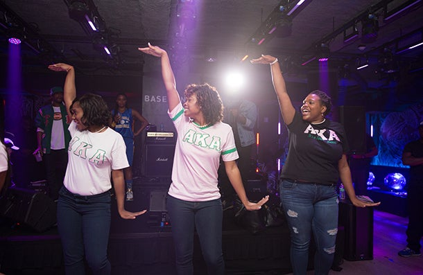 Alpha Kappa Alpha Sorority Serves the Community on the Front Lines