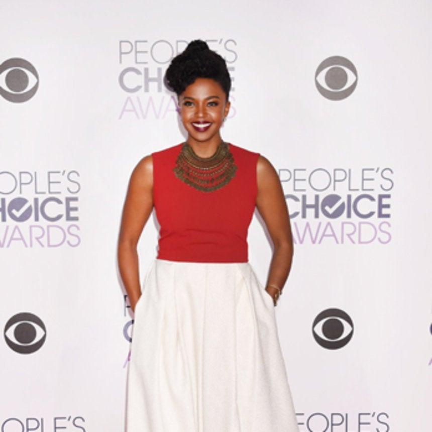 Grey's Anatomy Star to Lead Shondaland Pilot 'Toast'