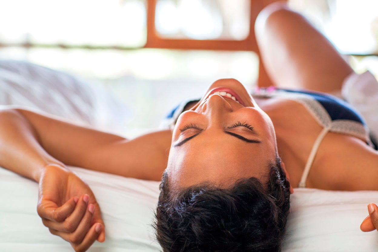 6 Ways To Turn Up The Heat Between The Sheets Tonight Essence