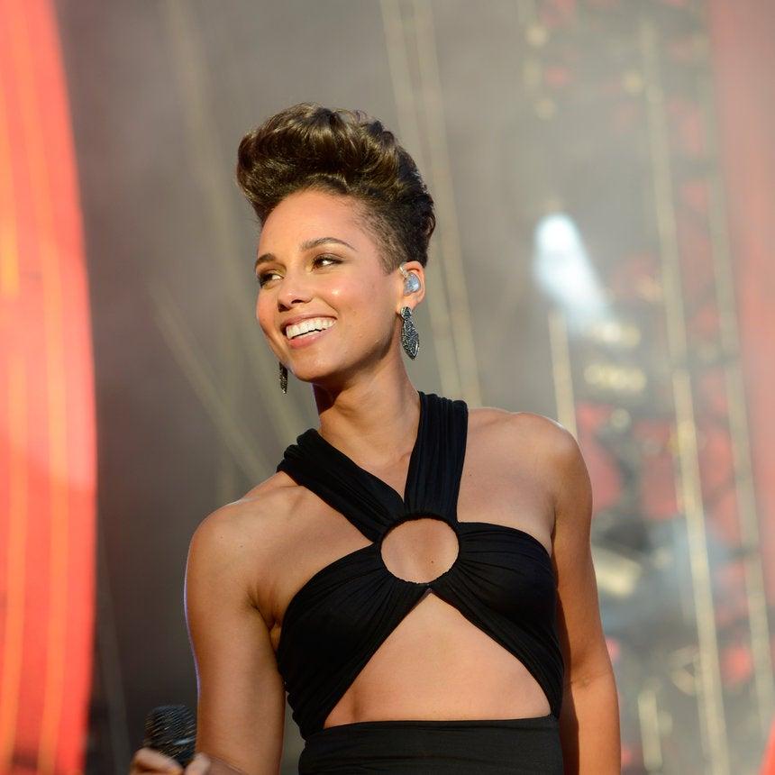 Happy Birthday, Alicia! 15 of Alicia Keys' Most Head-Turning Looks