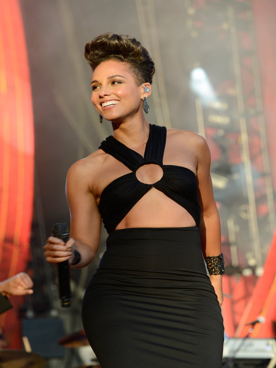 Alicia Keys Signs on to Judge 'The Voice'
