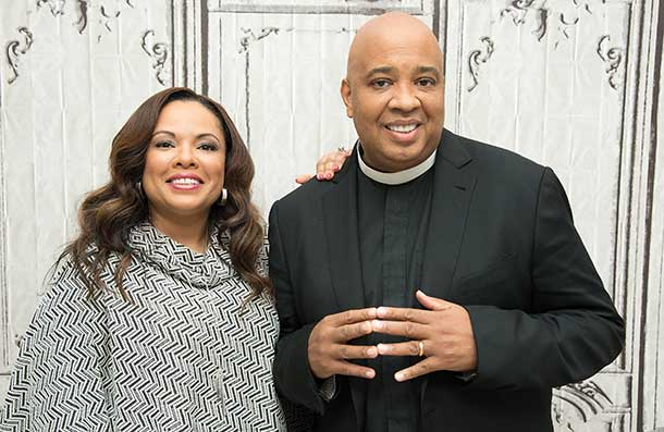 A Candid Conversation With Rev Run About Dating Men Like Dad, What It's Like Being Everyone's #RelationshipGoals