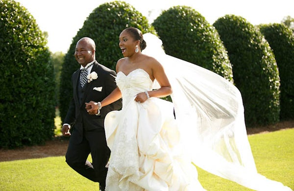 https://www.essence.com/wp-content/uploads/2016/02/images/2014/01/28/shavonn-hugh-bridal-bliss-h-19.jpg?width=600