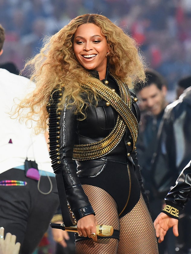 Louis Farrakhan and The Nation of Islam Offer Beyoncé Security