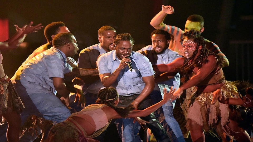 The Best Twitter Reactions to Kendrick Lamar's Grammy Performance