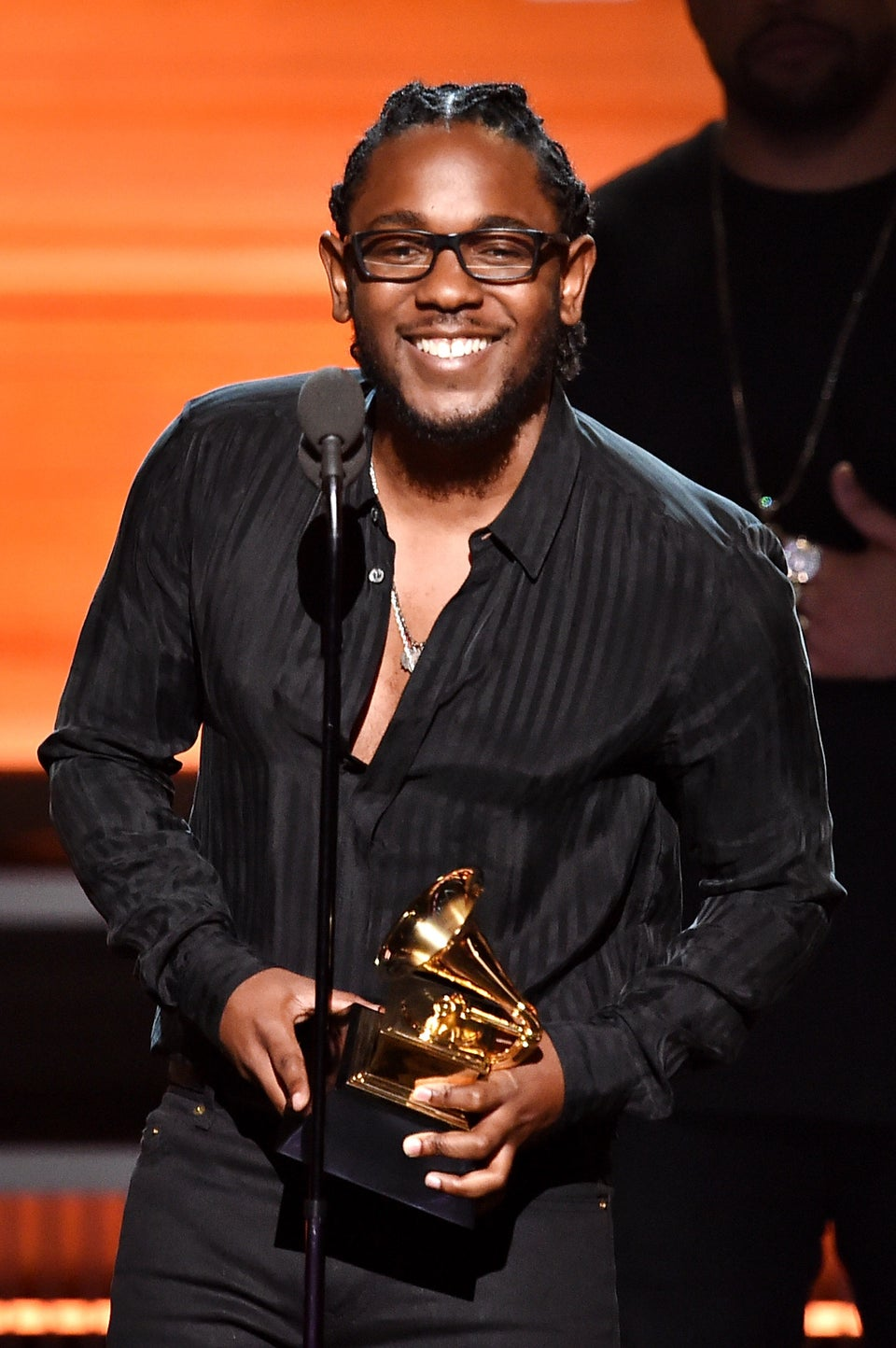 Kendrick Lamar Owns The Grammys, Gets Love from the White House
