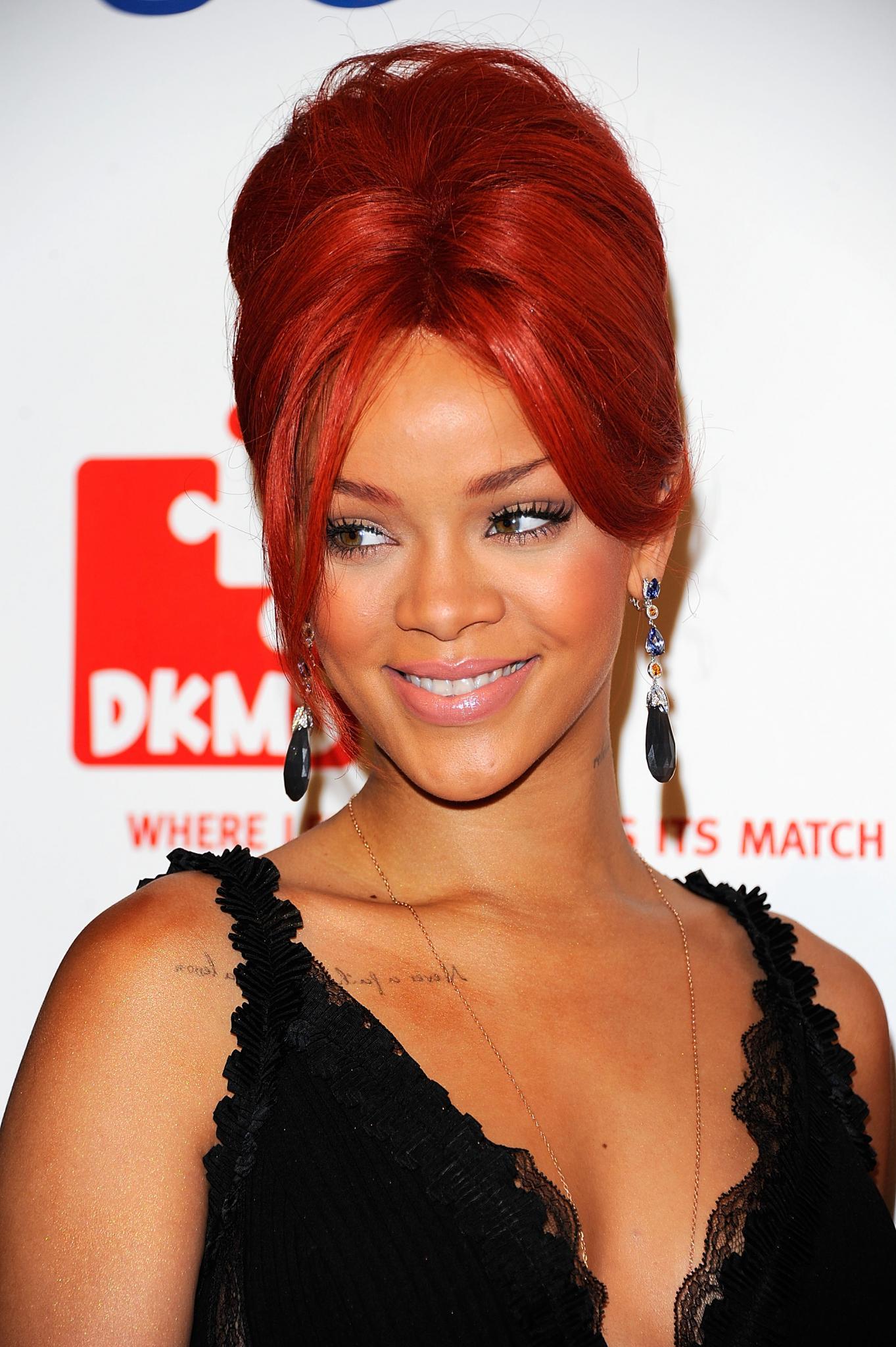 46 Fierce Ways To Wear Red Hair Essence