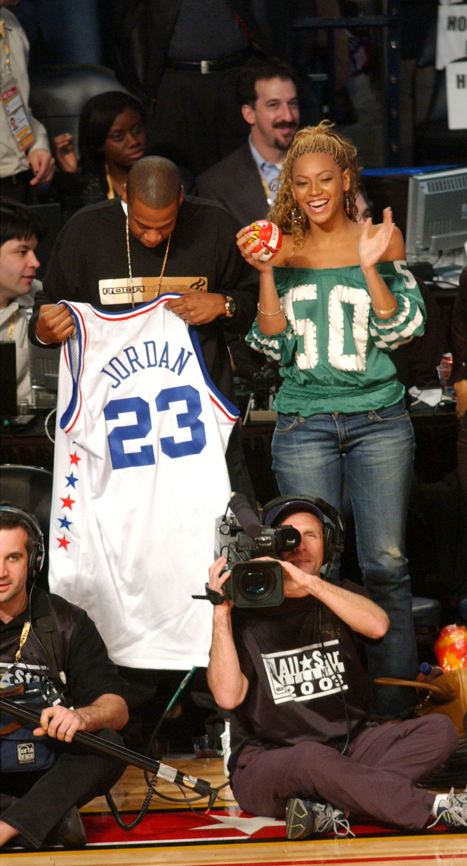 Best Photos Of Beyonce And Jay Z Courtside At Nba Games Over The Years Essence