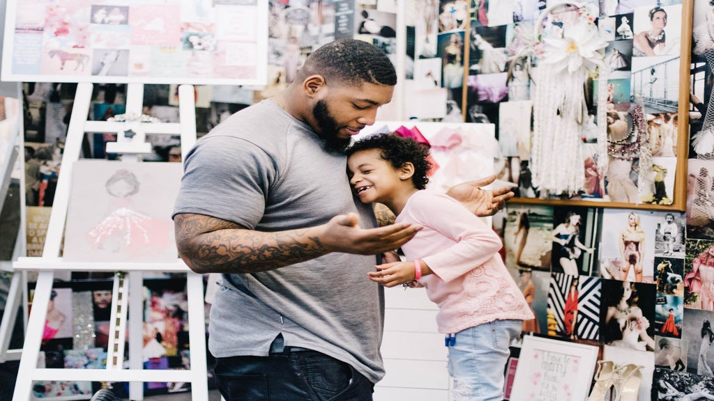 Cuteness Overload: Video of NFL Player Devon Still's daughter reveals that he plays barbies with her