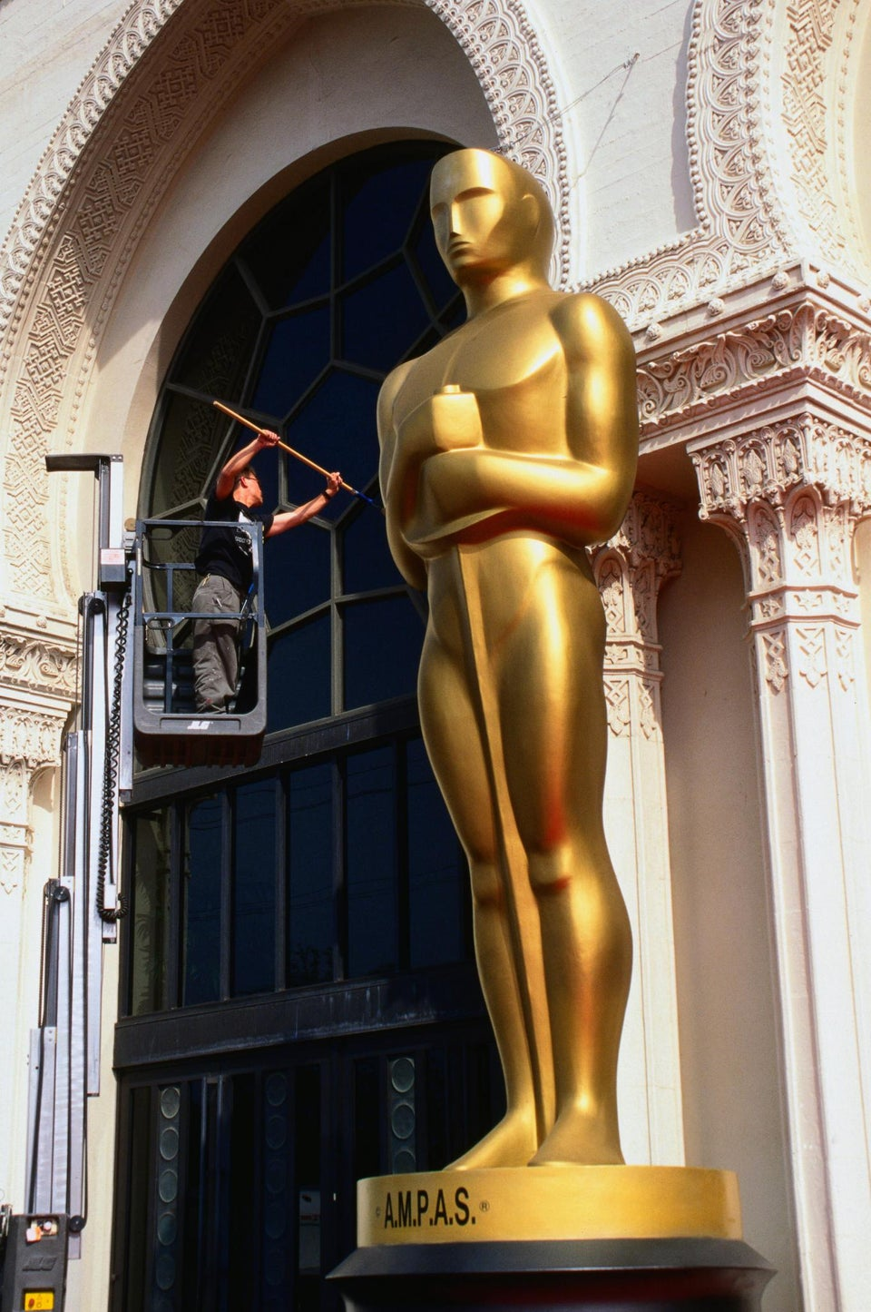 Watch Live Coverage of the Oscars Pre-Show!