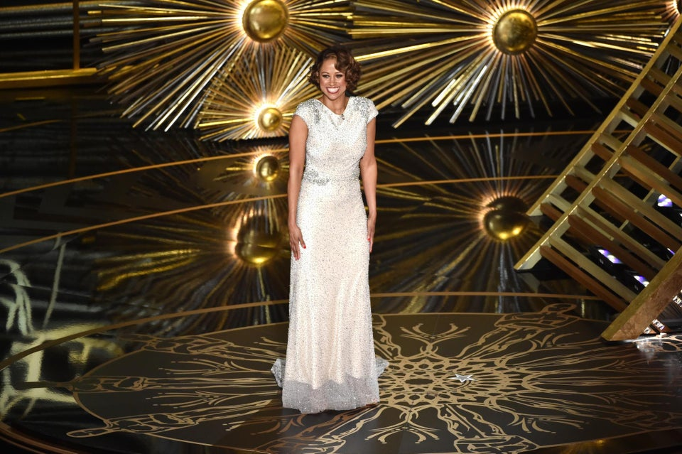 Stacey Dash Makes Cringe Worthy Cameo at the Oscars