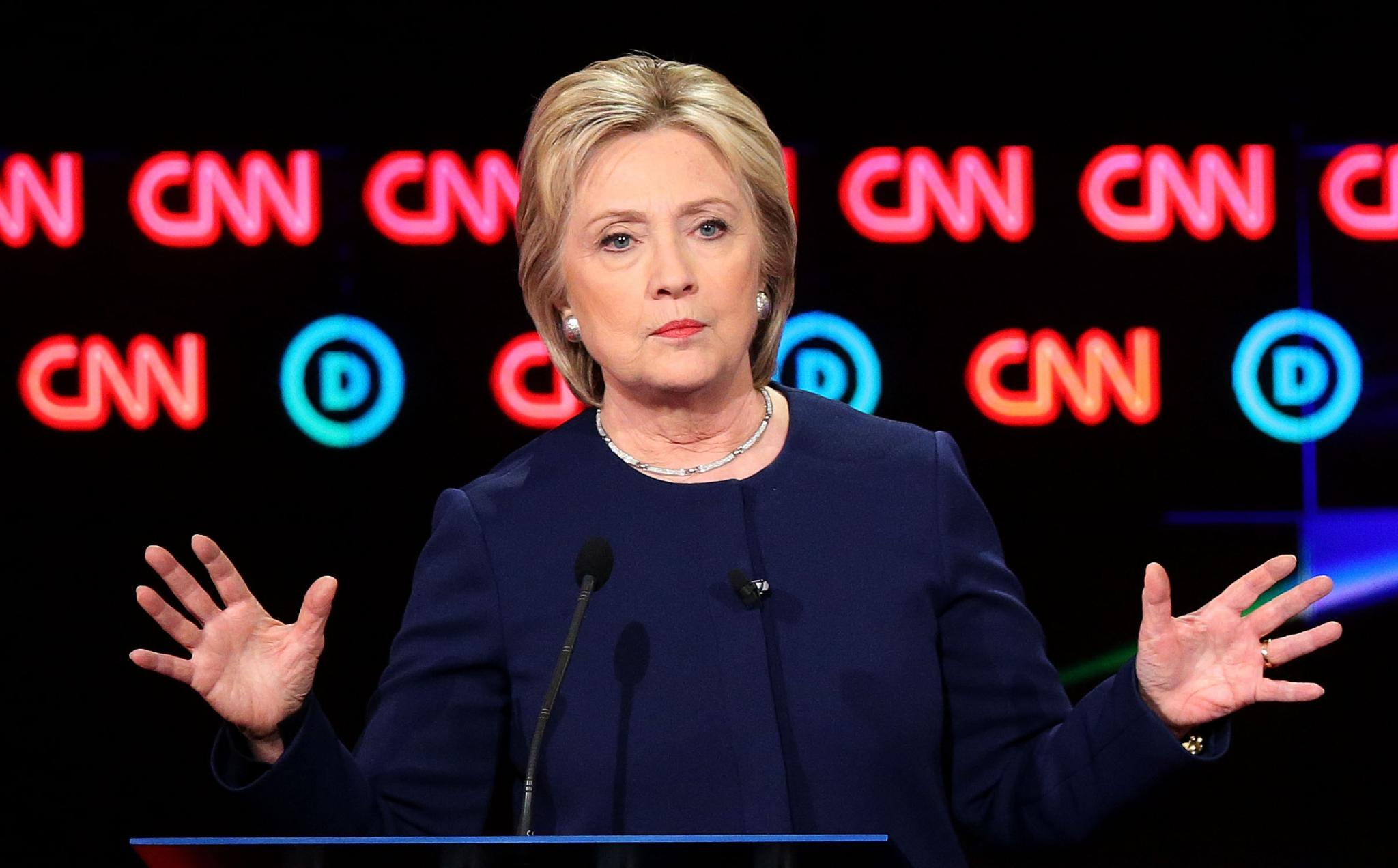 Hillary Clinton Calls Black Women 'Change Makers and Path Makers'