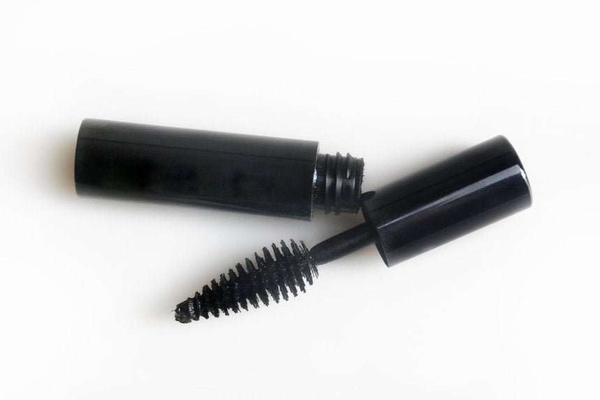 f2c97e612bd Lash Extensions: Do's and Don'ts According to an Expert - Essence