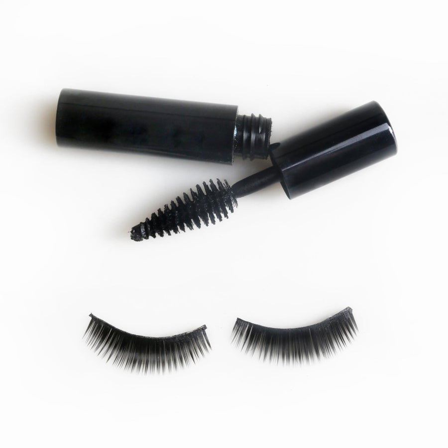 Lash Extensions: Do's and Don'ts According to an Expert