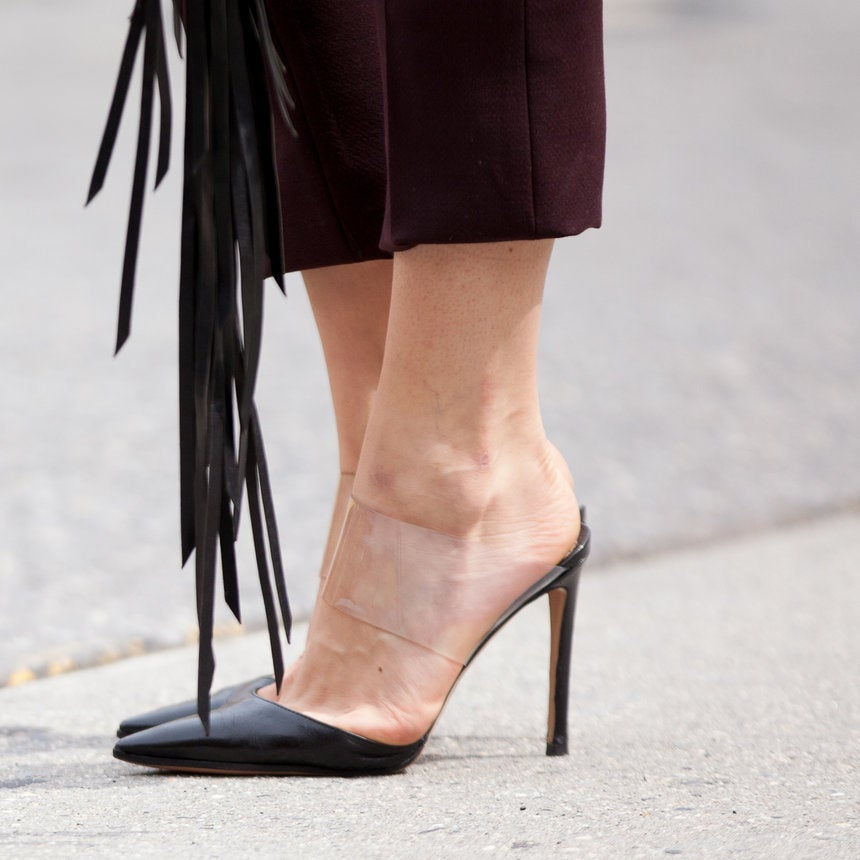 Accessories Street Style: Head-Turning Shoes for Spring and Where to Grab a Pair of Your Own