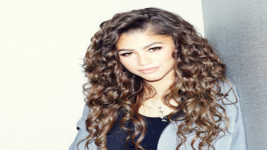 Zendaya: Beauty Secrets From Her Mom, Facts on The Mullet and Her Favorite Snacks